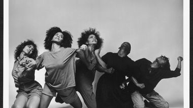 Alvin Ailey American Dance Theater in Jawole Willa Jo Zollar's Shelter. Photo by Jack Mitchell.  (©) Alvin Ailey Dance Foundation, Inc. and Smithsonian Institution