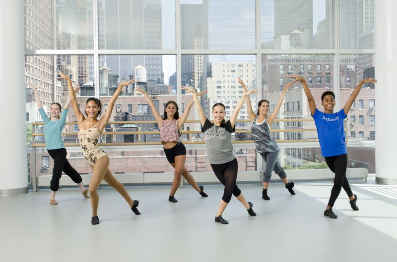 Teen Broadway Jazz at Ailey Extension. Photo by Kyle Froman.