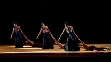 Alvin Ailey American Dance Theater in Robert Battle's The Hunt