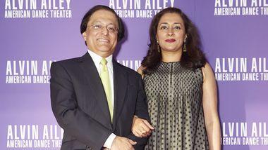 2018 Ailey Spirit Gala honorees Vikas and Jaishri Kapoor. Photo courtesy of Ailey, DCP.