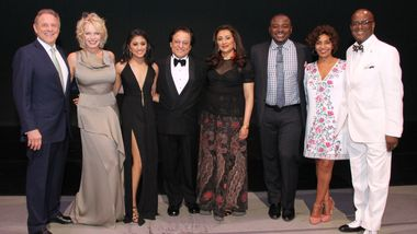 Gala Co-Chairs Stephen Meringoff and Kim Charlton, Riya Kapoor, Honorees Vikas Kapoor and Jaishri Kapoor, Art. Dir. Robert Battle, and Gala Co-Chairs Almaz & Marc S. Strachan. Photo by Donna Ward