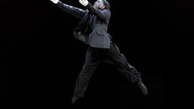 Alvin Ailey American Dance Theater's Chalvar Monteiro in Aszure Barton's BUSK