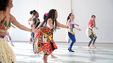 Janete Silva leads Celebrating Brasilian Carnaval Workshop at Ailey Extension. Photo by Coal Rietenbach