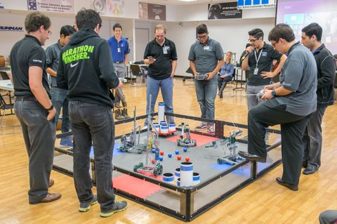 Photo Release -- Northrop Grumman Hosts Robotics and Computer Science Projects for San Fernando Valley Students