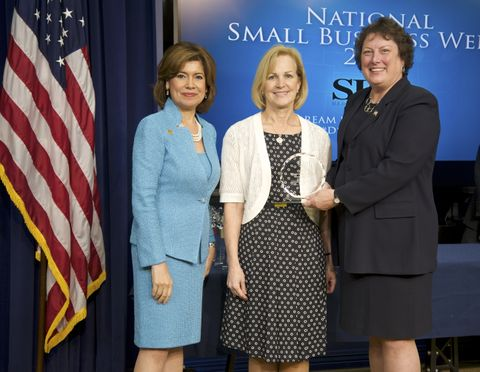 Photo Release -- Northrop Grumman Receives the Small Business Administration's Dwight D. Eisenhower Award for Excellence