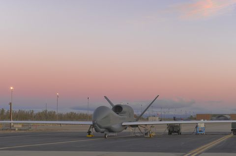 Photo Release -- Global Hawk Earns Unprecedented Third Consecutive Sustainment Award