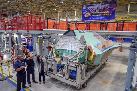 Delivery of First Norwegian F-35 Center Fuselage (b)