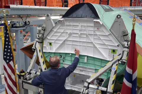 Delivery of First Norwegian F-35 Center Fuselage (c)