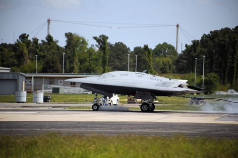 Historic First Trap for X-47B