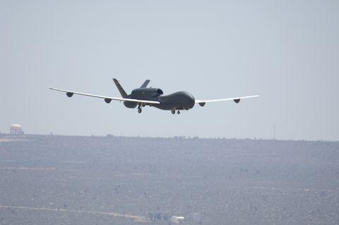 Euro Hawk Inflight (c)