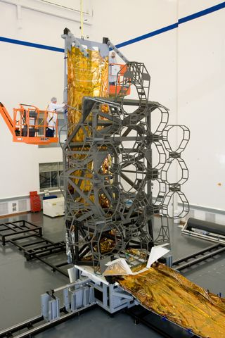 Webb Telescope Simulator (b)