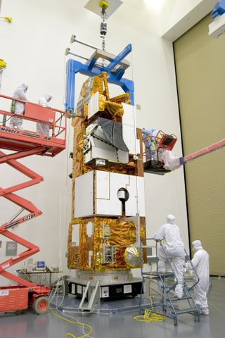 Photo Release -- Northrop Grumman Successfully Delivers NASA's Aura Satellite To Vandenberg Air Force Base