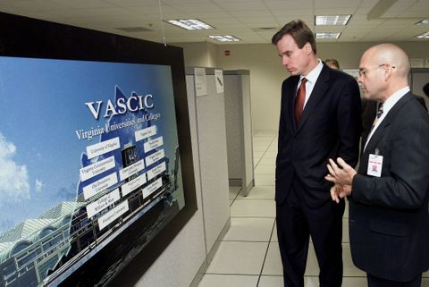 Virginia Governor Mark Warner Visits Advanced Shipbuilding and Carrier Integration Center