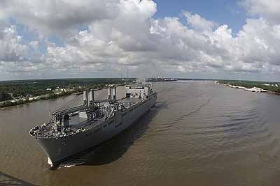 Fifth Navy Sealift Ship Ahead of Schedule (d=19790)
