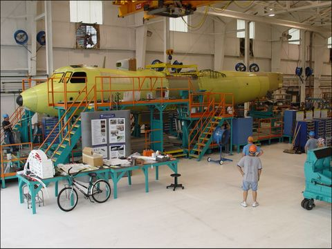 First E-2D Fuselage Join  (a)