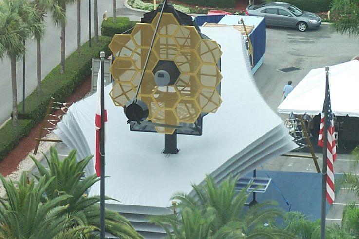 James Webb Space Telescope (JWST)