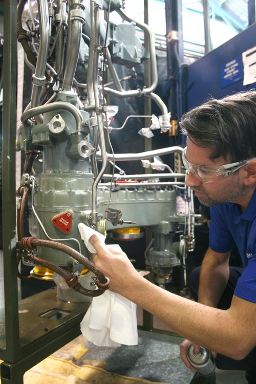 Gas Turbine Engine Maintenance, Repair and Fleet Management