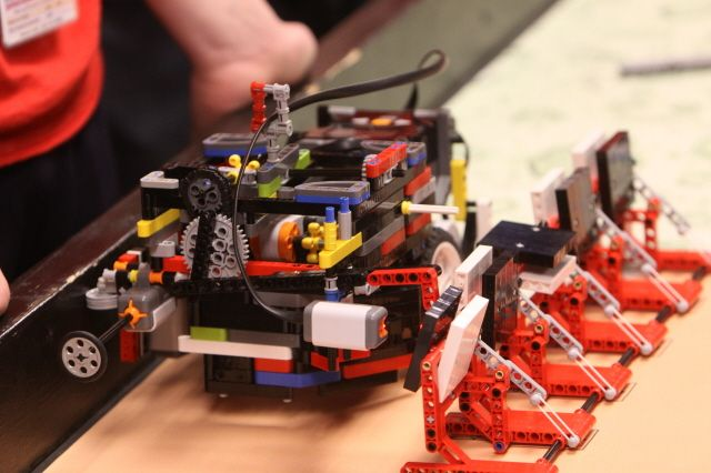Northrop Grumman Hosts Teams in 'FIRST Lego League Tournament' as Part of STEM Outreach to Inspire Young Technologists of the Future