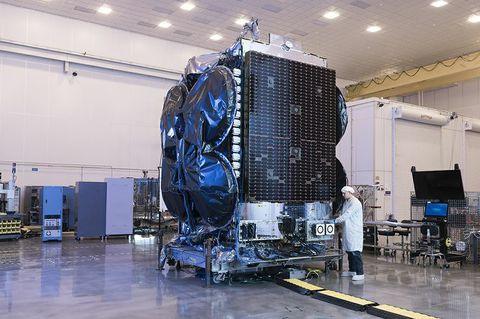 Mission Update: Al Yah 3 Communications Satellite