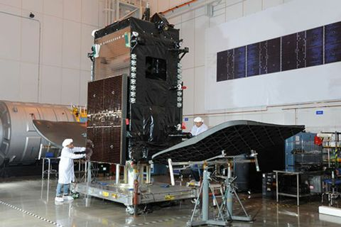 Orbital ATK Delivers DIRECTV's SKYM-1 Commercial Satellite to Launch Site