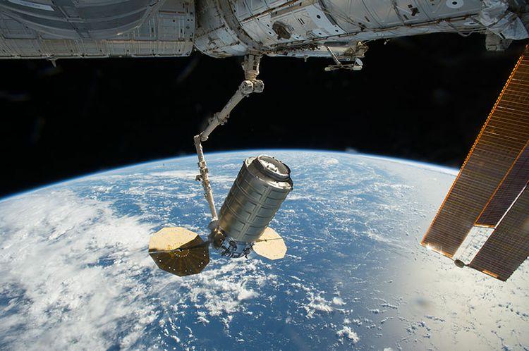 NASA_OA5_CygnusArrival_4