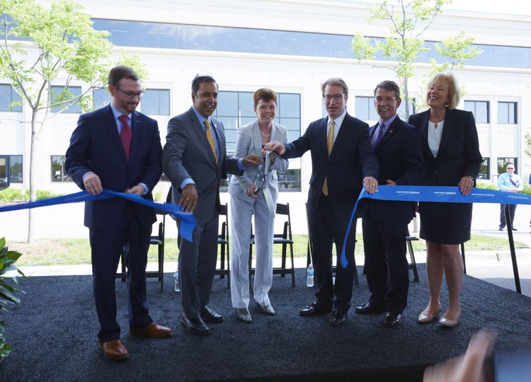 Northrop Grumman Opens New Illinois Facility with Ribbon Cutting and Reception