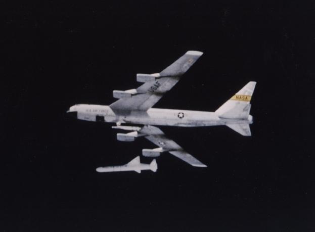 B-52Pegasus Release