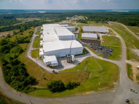 Large Innovation in a Small Southern Town - Building Northrop Grummans OmegA_1