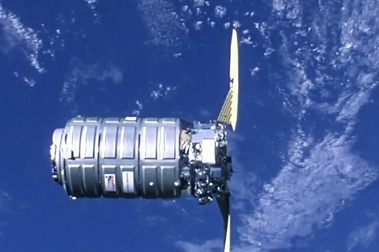 Northrop Grummans Cygnus Spacecraft Successfully Completes Rendezvous and Berthing with International Space Station