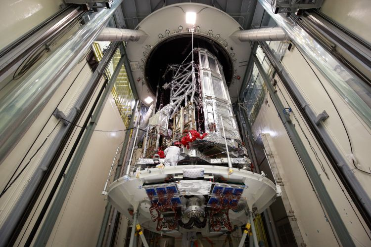 Northrop Grumman Finishes Environmental Test on NASAs Webb Telescope_3