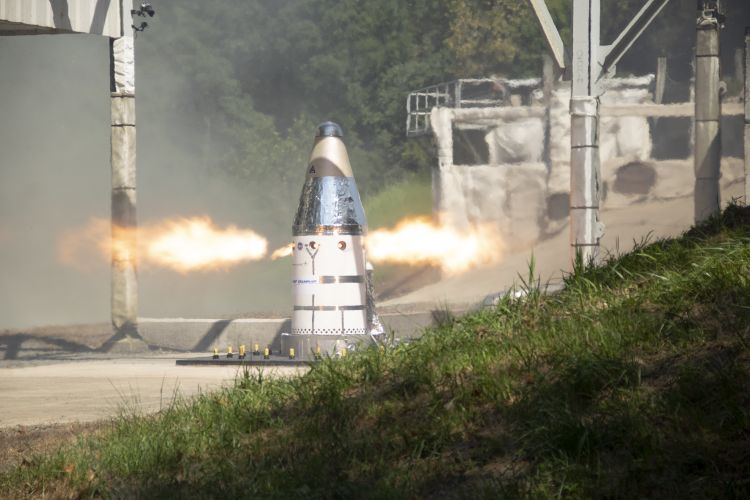 Northrop Grumman Successfully Completes Qualification Motor Test for NASAs Orion Launch Abort System Attitude Control Motor_2