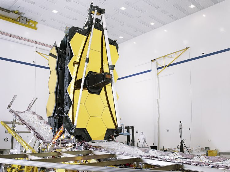 Northrop Grumman Fully Assembles NASAs James Webb Space Telescope_1