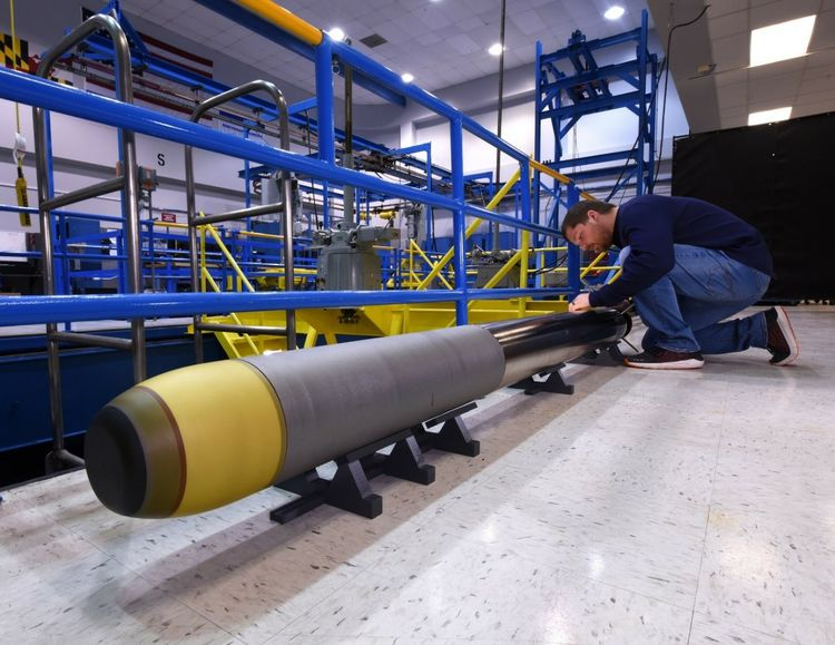 Northrop Grumman Builds Very Lightweight Torpedo for US Navy_1
