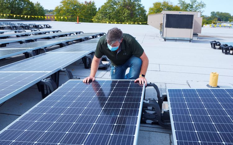 Rolling Meadows Site Now Home to Northrop Grummans Largest On-Site Solar Energy System_2