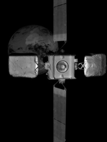 An image of Intelsat 10-02 taken by MEV-2's infrared wide field of view camera at 15m away.