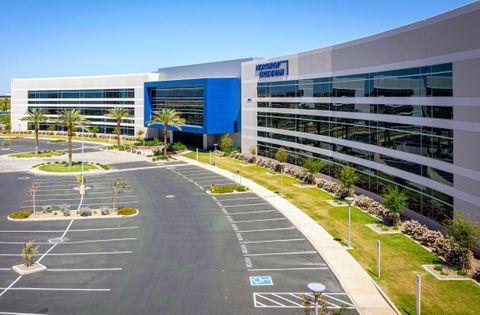 Greenhouse in the Desert - Northrop Grummans Chandler Campus Integrates Green Technology to Create Efficiencies_2