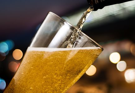 Heavy alcohol use stunts adolescent, young adult brain growth