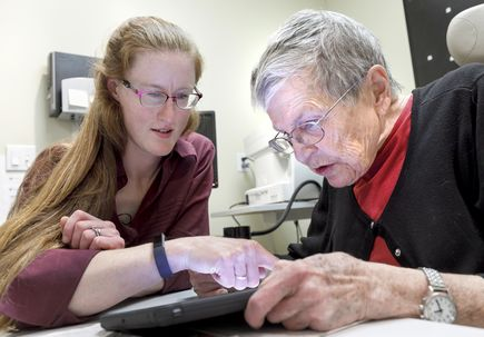 Occupational therapist with low vision helps her peers find independence