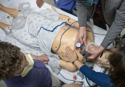 Simulation helps OHSU health care workers, students prepare for COVID-19