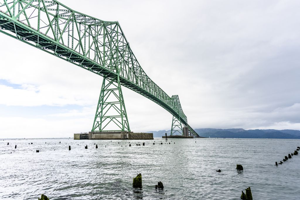 scenic shot of the mouth of the Columbia River with a large bridge span crossing it