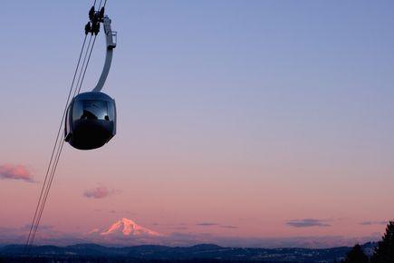 Portland Aerial Tram at sunrise