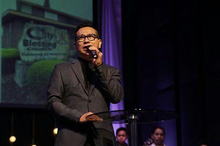 Pastor Oscar Surjadi