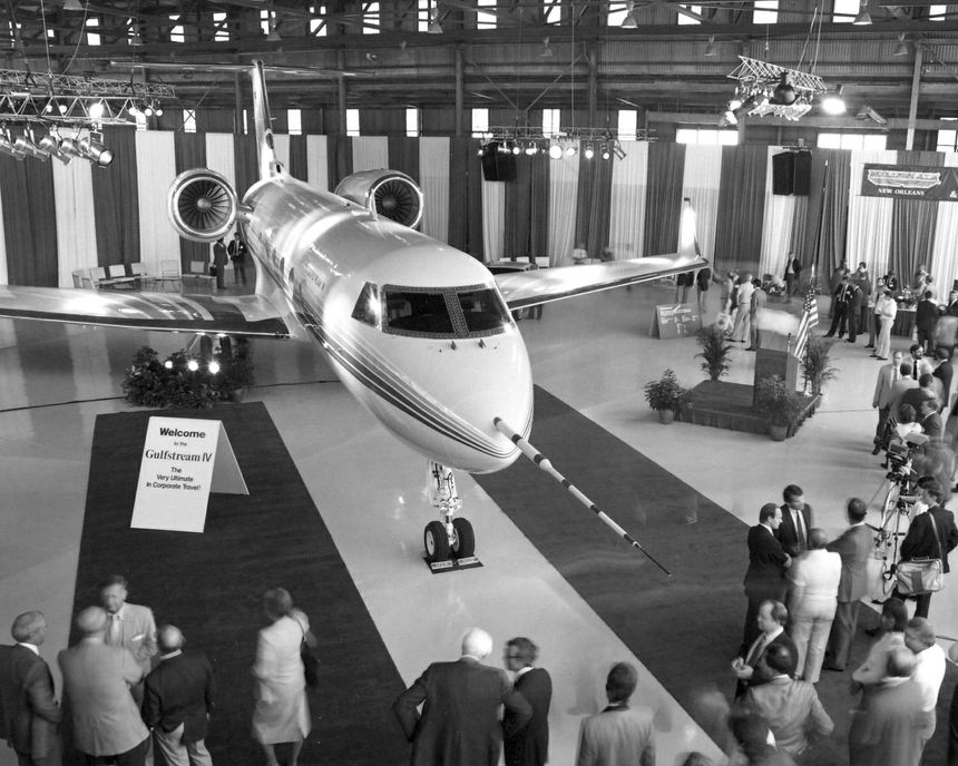 The Gulfstream IV was among the top attractions at the 1985 NBAA convention in New Orleans.