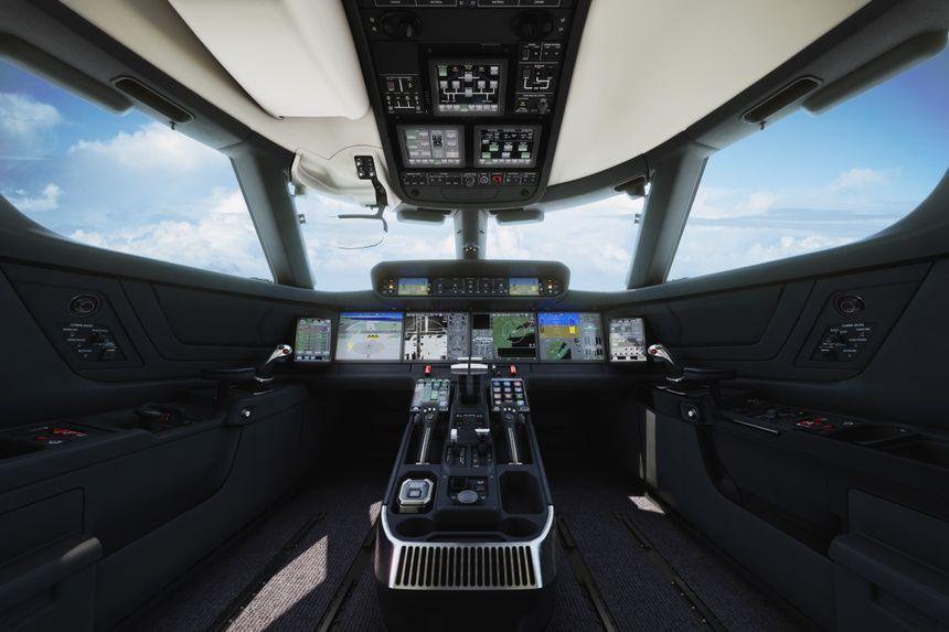 Symmetry Flight Deck