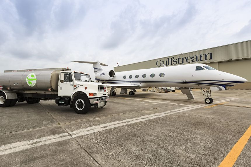 Gulfstream Flies G450 And G550 To EBACE On Renewable Fuels_G450