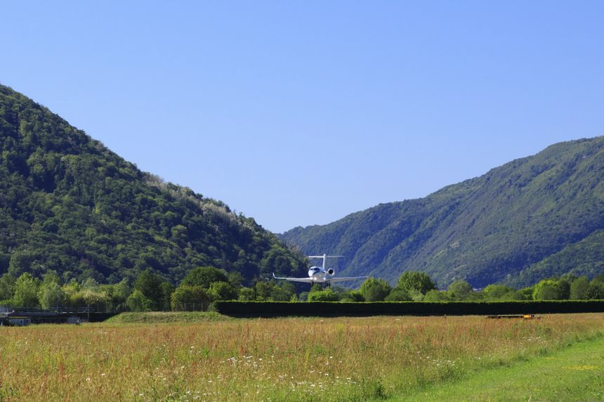 The Gulfstream G280 Performs An Extremely Steep Approach Near Lugano, Switzerland