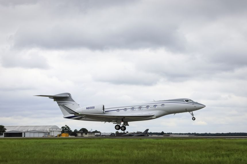 The first G600 production aircraft takes off on its first flight.