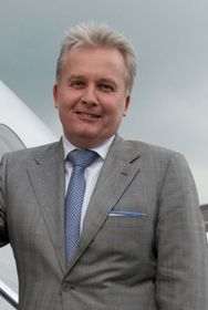 Trevor Esling, Gulfstream