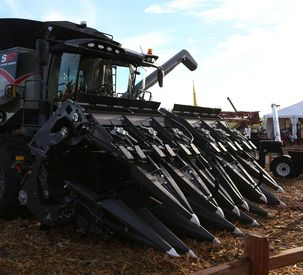 AGCO Introduces New 3200 Series Corn Head