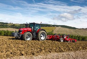 Massey Ferguson 8700 Series High Horsepower Tractor